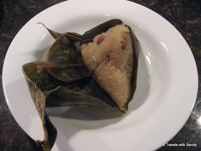 From: https://travelswithsandy.wordpress.com/2008/06/06/recipe-how-to-make-zongzi-part-2/